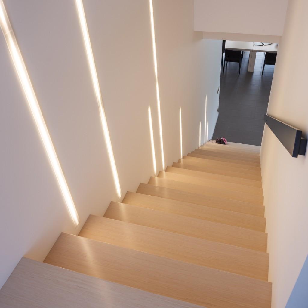 treppenrenovierung treppensanierung h bscher treppenrenovierung massivholz. Black Bedroom Furniture Sets. Home Design Ideas