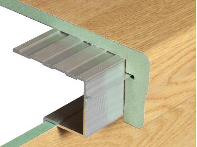 querschnitt-laminatstufe-treppenrenovierung