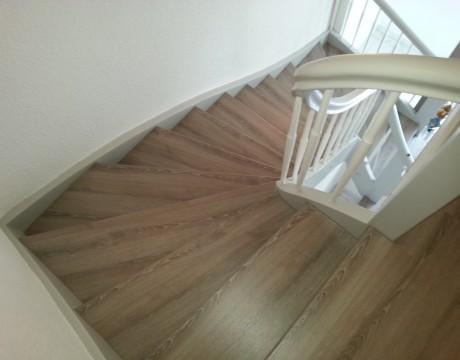 Treppenrenovierung mit Laminat